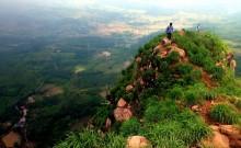 Wisata Gunung Batu Satu Hari