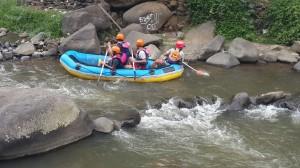 Wisata Rafting dan Meeting Cisadane Dua Hari